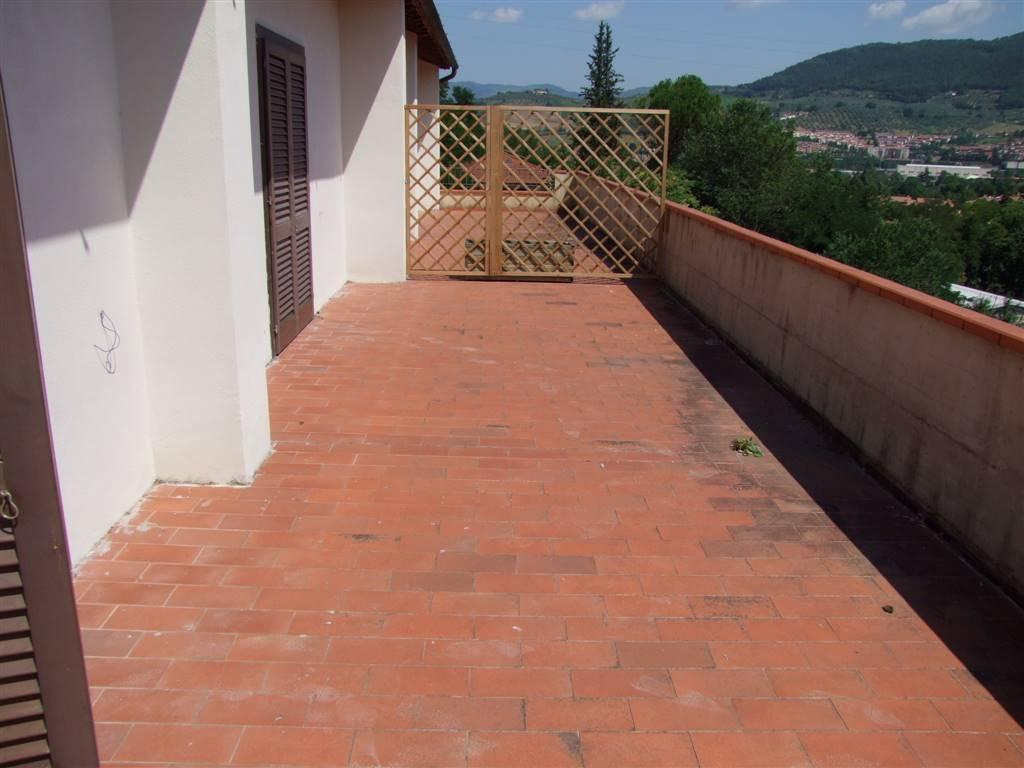 Soluzione Indipendente in vendita a Pontassieve, 7 locali, prezzo € 275.000 | CambioCasa.it
