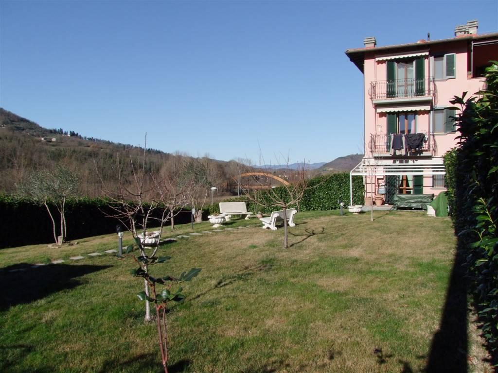 Soluzione Indipendente in vendita a Dicomano, 6 locali, prezzo € 350.000 | Cambio Casa.it