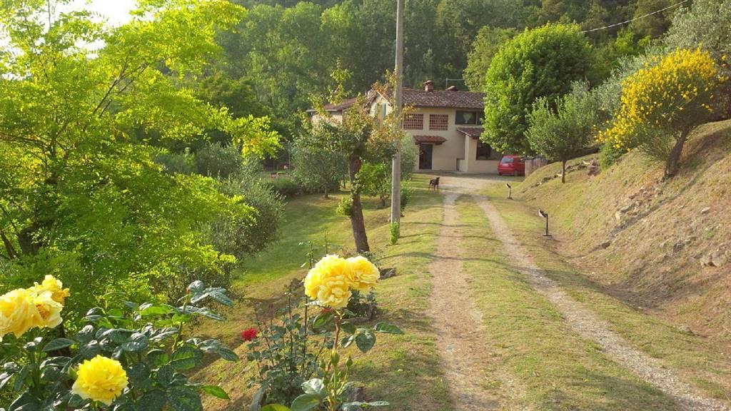 Soluzione Indipendente in vendita a Vicchio, 8 locali, prezzo € 425.000 | Cambio Casa.it