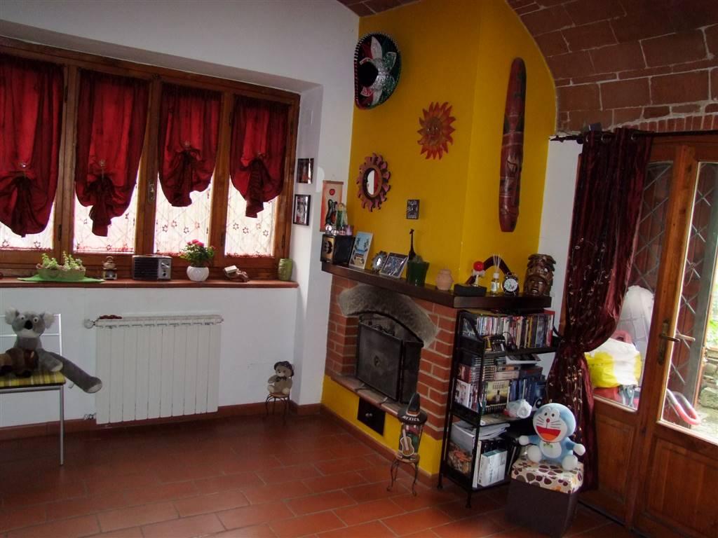 Soluzione Indipendente in vendita a Londa, 3 locali, prezzo € 105.000 | CambioCasa.it