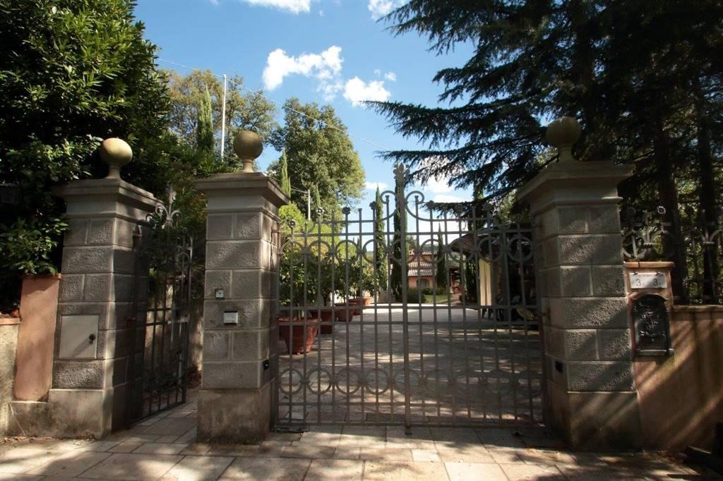 Villa in vendita a Dicomano, 11 locali, prezzo € 580.000 | CambioCasa.it