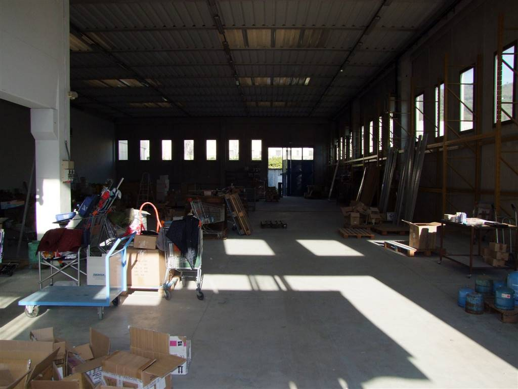 Capannone in vendita a Rufina, 3 locali, zona Zona: Scopeti, prezzo € 800.000 | Cambio Casa.it