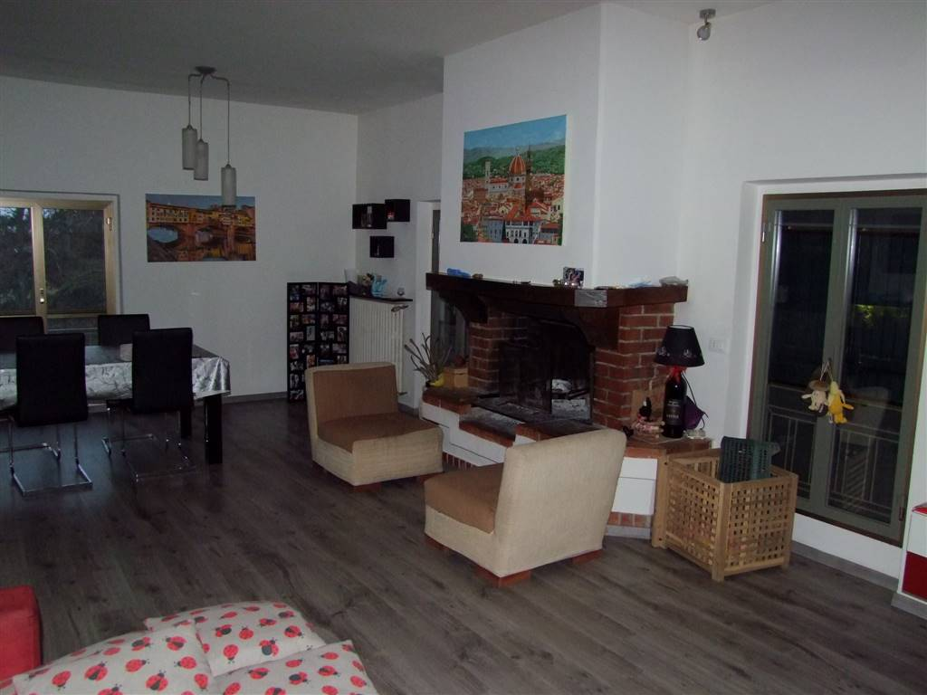 Appartamento in vendita a Pelago, 3 locali, zona Zona: Diacceto, prezzo € 150.000 | CambioCasa.it
