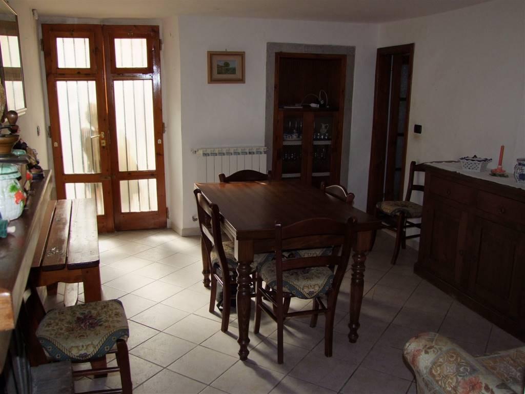 Appartamento in affitto a Londa, 3 locali, prezzo € 390 | Cambio Casa.it