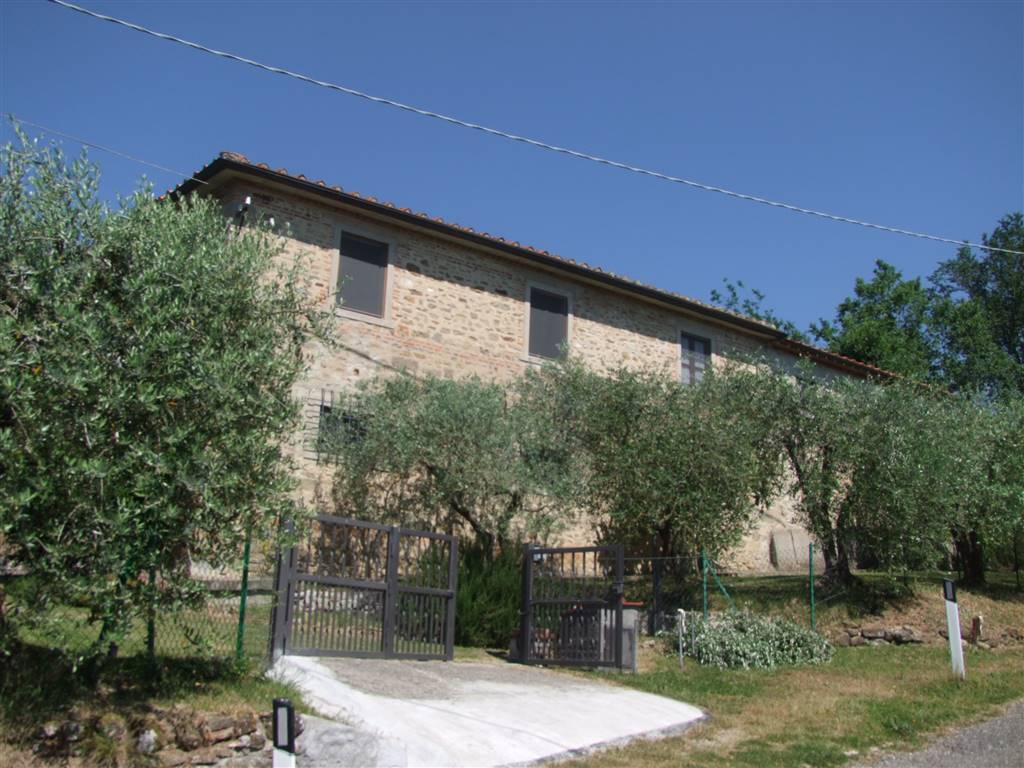 Soluzione Indipendente in vendita a Vicchio, 12 locali, zona Località: RUPECANINA, prezzo € 290.000 | CambioCasa.it