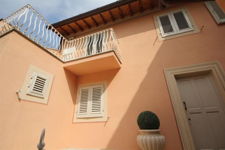 Soluzione Indipendente in affitto a Firenze, 4 locali, zona Località: CURE, prezzo € 1.500 | CambioCasa.it