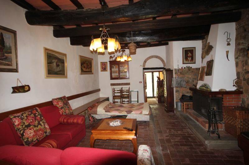 Appartamento in vendita a Vaglia, 3 locali, zona Zona: Pratolino, prezzo € 270.000 | Cambio Casa.it