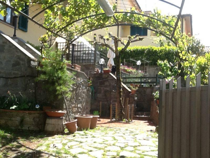 Soluzione Indipendente in vendita a Vaglia, 4 locali, zona Zona: Bivigliano, prezzo € 260.000 | Cambio Casa.it