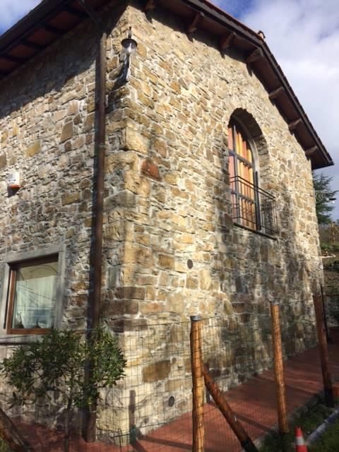 Soluzione Indipendente in vendita a Vaglia, 6 locali, zona Zona: Fontebuona, prezzo € 400.000 | Cambio Casa.it