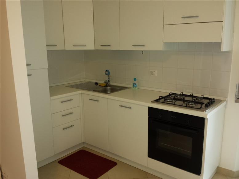 Appartamento in affitto a Porto Sant'Elpidio, 4 locali, zona Località: C. OLIVERI, prezzo € 480 | CambioCasa.it