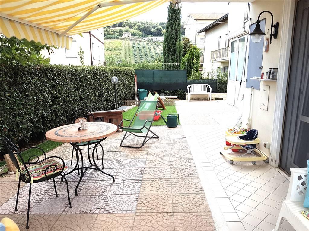 Soluzione Indipendente in vendita a Pedaso, 5 locali, prezzo € 115.000 | Cambio Casa.it