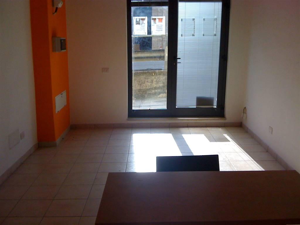 Negozio / Locale in vendita a Fermo, 2 locali, zona Zona: Lido di Fermo, prezzo € 75.000 | Cambio Casa.it