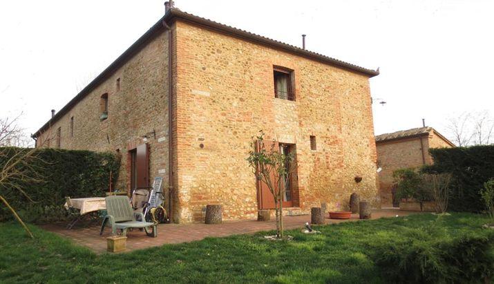 Rustico / Casale in vendita a Asciano, 4 locali, zona Zona: Arbia, prezzo € 335.000 | Cambio Casa.it