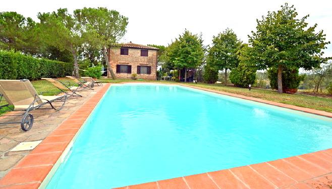 Villa in vendita a Siena, 8 locali, Trattative riservate | Cambio Casa.it