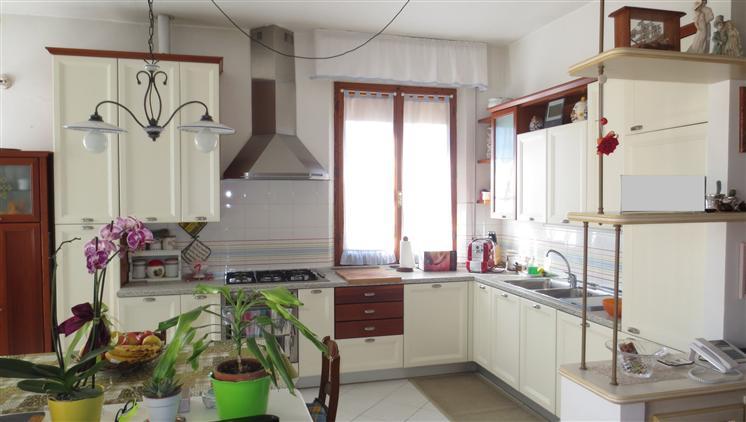 Soluzione Indipendente in vendita a Siena, 4 locali, zona Località: VICO ALTO, prezzo € 345.000 | Cambio Casa.it
