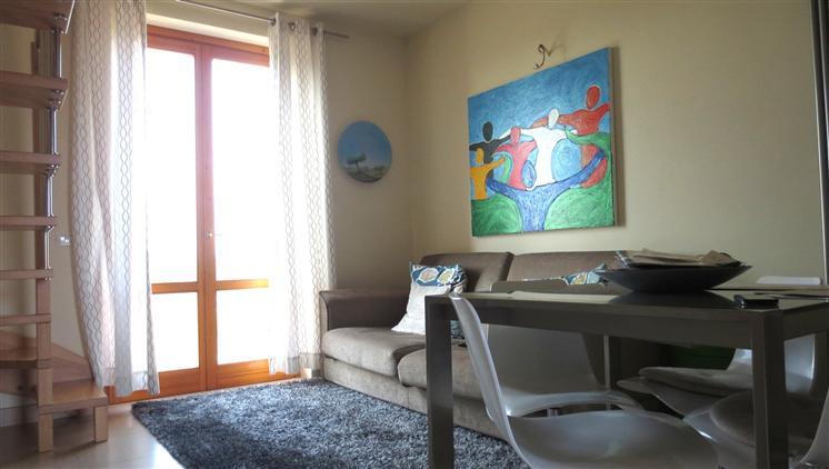 Appartamento in vendita a Castelnuovo Berardenga, 4 locali, prezzo € 175.000 | Cambio Casa.it