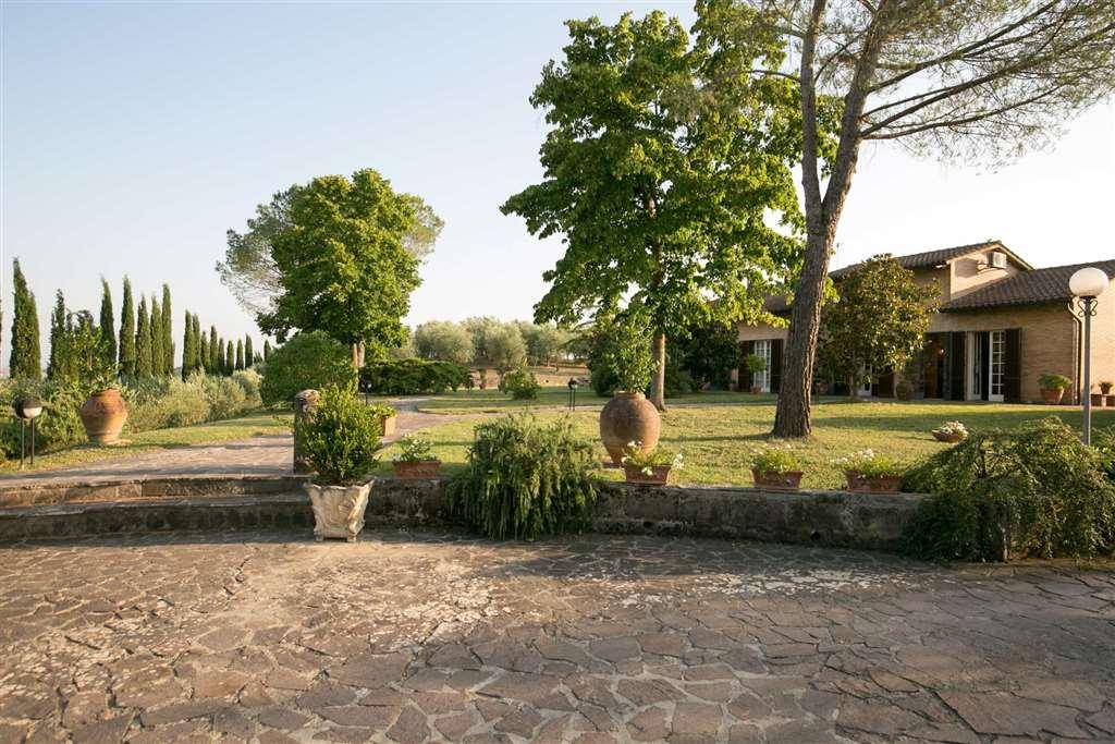 Villa in vendita a Siena, 16 locali, prezzo € 1.650.000 | Cambio Casa.it