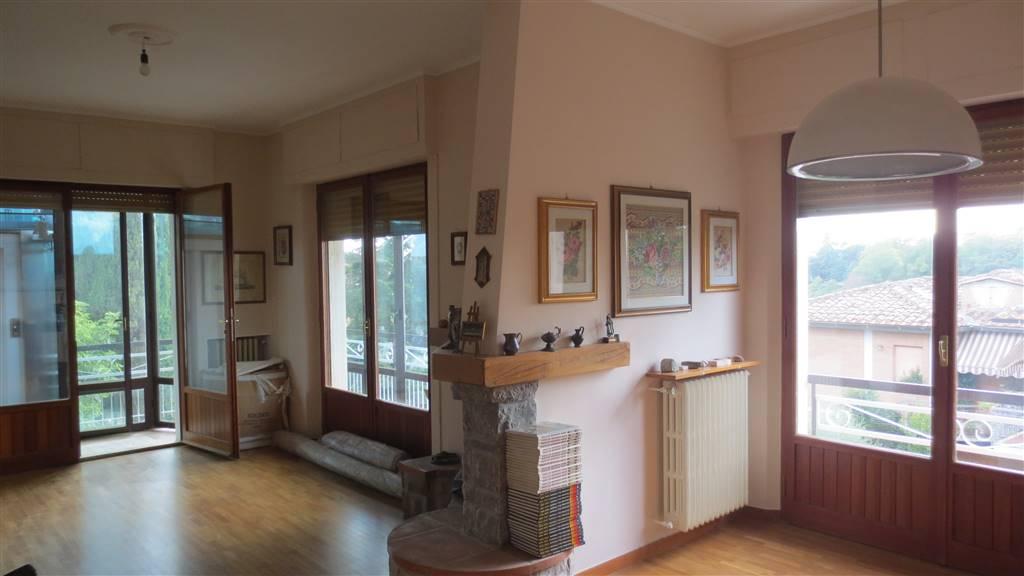 Appartamento in vendita a Siena, 8 locali, prezzo € 620.000 | Cambio Casa.it