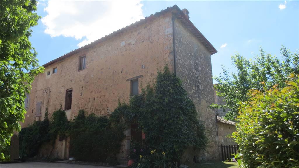 Rustico / Casale in vendita a Sovicille, 10 locali, zona Zona: Ancaiano, prezzo € 230.000 | CambioCasa.it