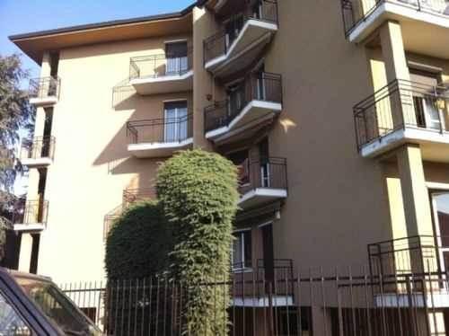 Appartamento in vendita a San Vittore Olona, 3 locali, prezzo € 125.000 | CambioCasa.it