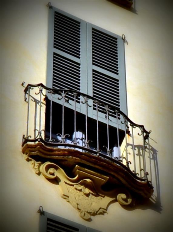 Appartamento in vendita a Milano, 4 locali, zona Località: DUOMO, prezzo € 1.050.000 | CambioCasa.it