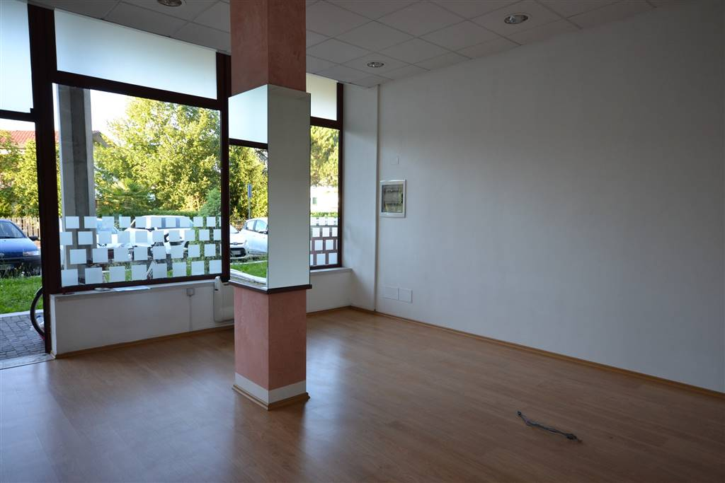 Negozio / Locale in vendita a Eraclea, 3 locali, zona Località: ERACLEA, Trattative riservate | Cambio Casa.it