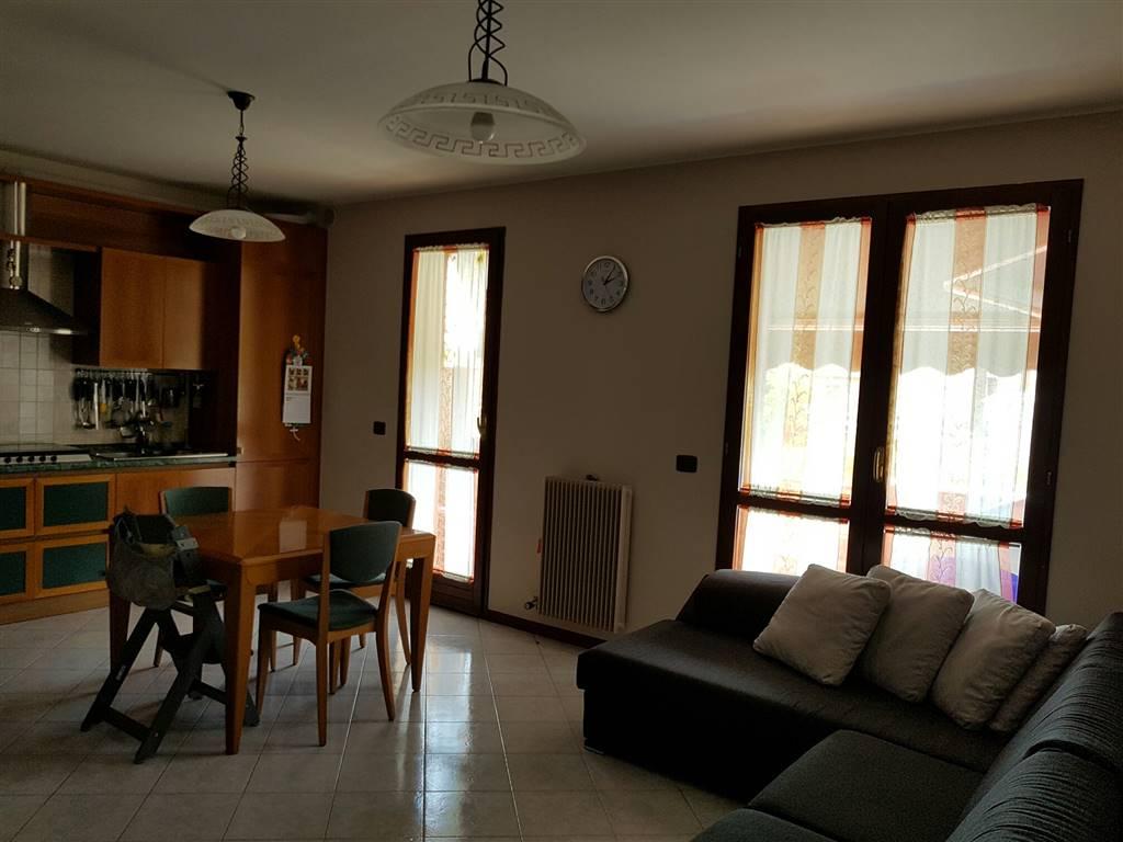 Appartamento in vendita a Eraclea, 3 locali, zona Località: ERACLEA, prezzo € 140.000 | Cambio Casa.it