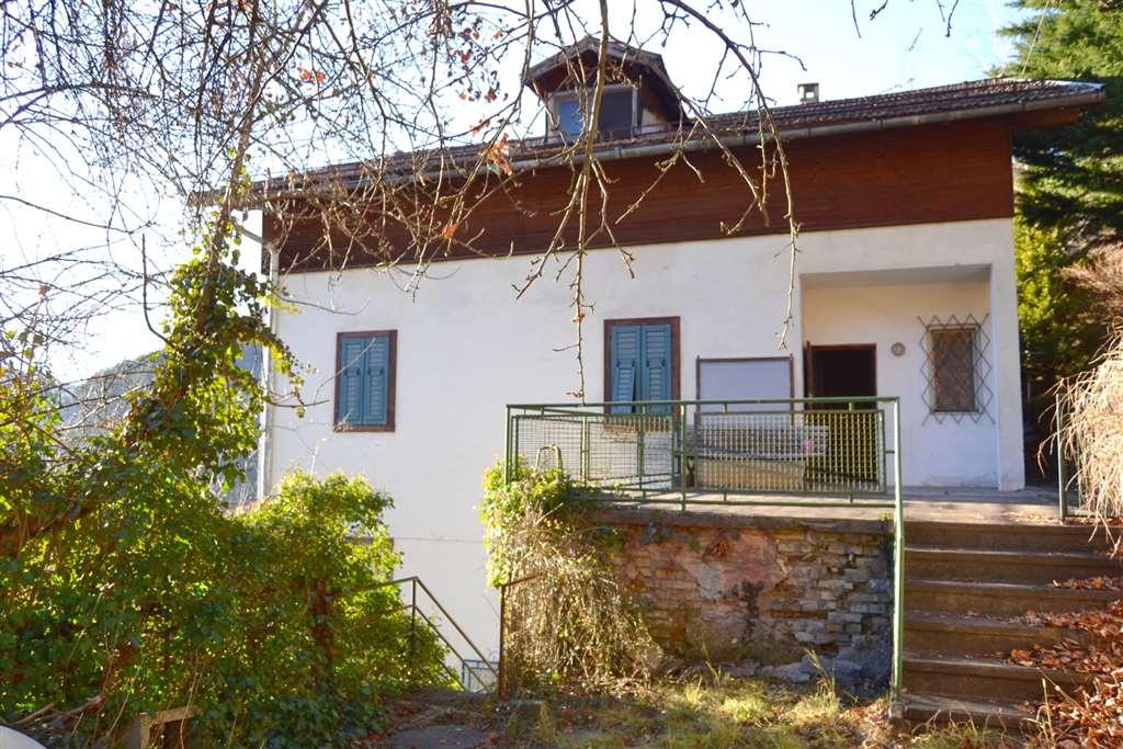 Rustico-casale in Vendita Castello-molina Di Fiemme in provincia di Trento