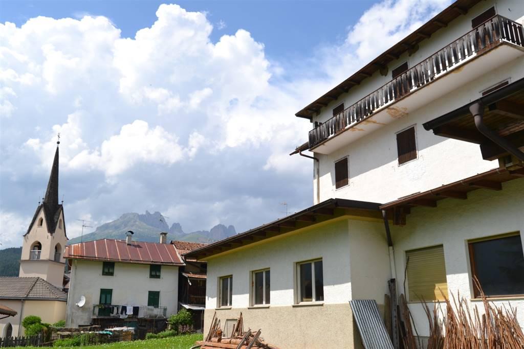 Rustico-casale in Vendita Moena in provincia di Trento