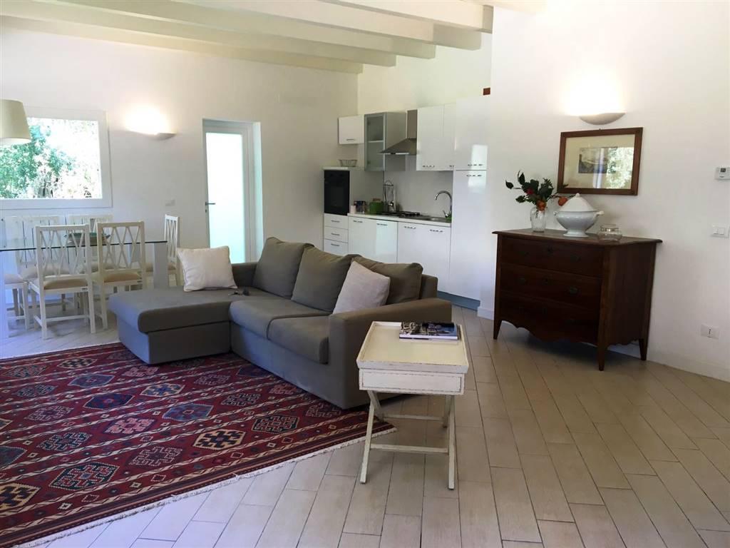 Villa in affitto a Palermo, 2 locali, zona Zona: Mondello, prezzo € 1.000 | Cambio Casa.it