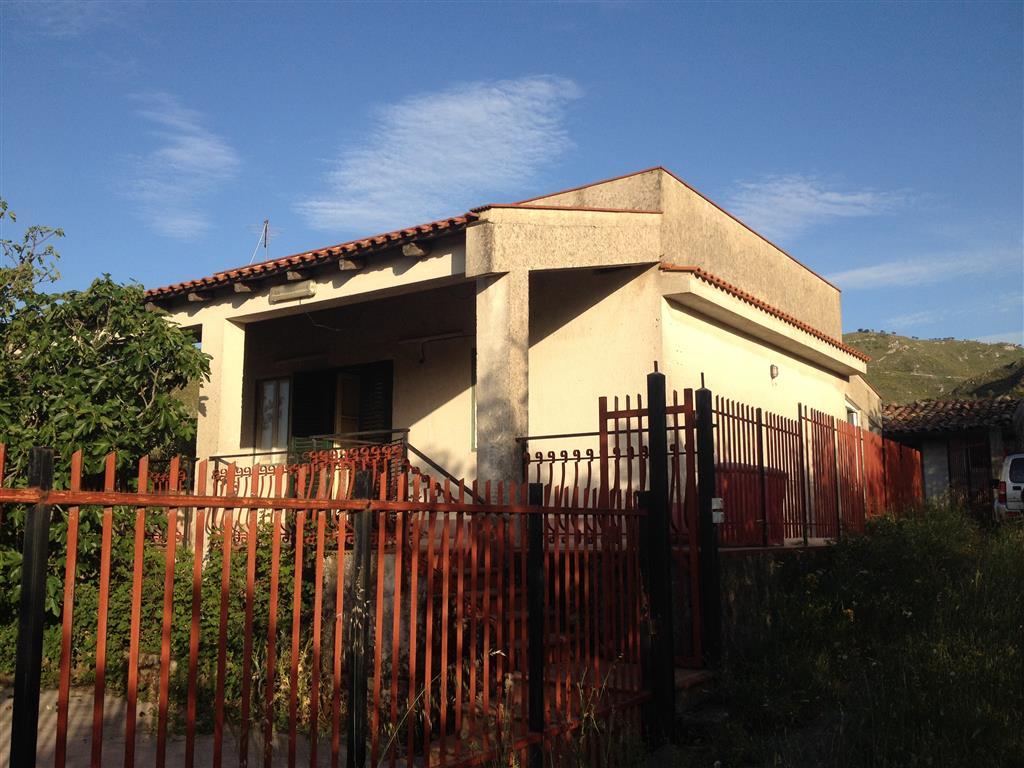 Villa in vendita a Monreale, 3 locali, prezzo € 120.000   Cambio Casa.it