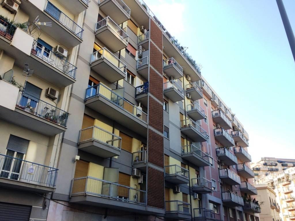 Attico / Mansarda in vendita a Palermo, 4 locali, zona Località: VIA DANTE, prezzo € 230.000 | Cambio Casa.it