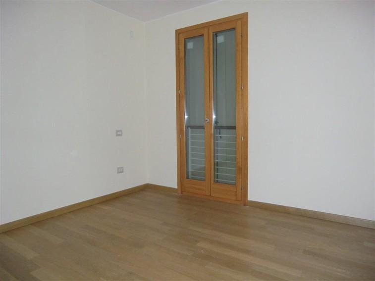 Appartamento in vendita a Piazzola sul Brenta, 3 locali, prezzo € 145.000 | CambioCasa.it