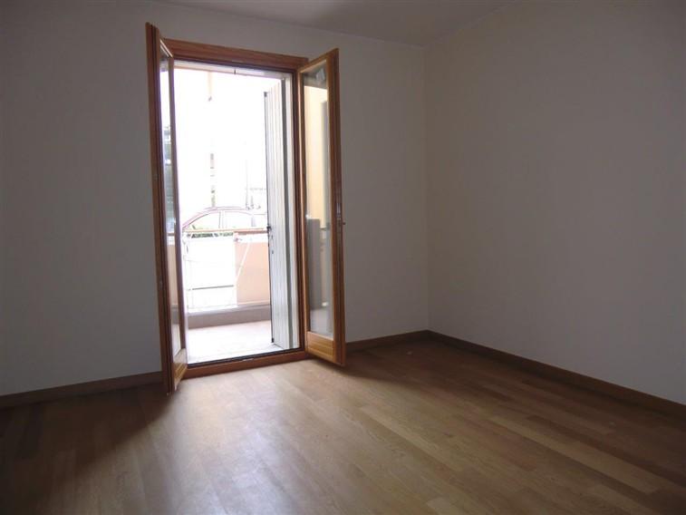 Appartamento in vendita a Piazzola sul Brenta, 3 locali, prezzo € 155.000 | CambioCasa.it