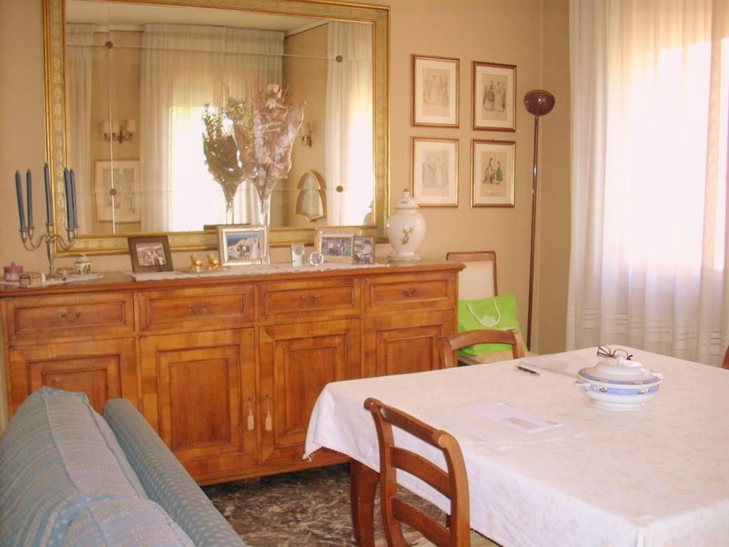 Appartamento in vendita a Padova, 4 locali, zona Zona: 5 . Sud-Ovest (Armistizio-Savonarola), prezzo € 290.000 | Cambio Casa.it