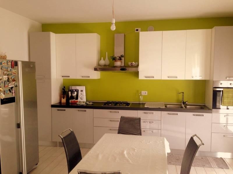 Appartamento in vendita a Mestrino, 5 locali, prezzo € 175.000 | Cambio Casa.it