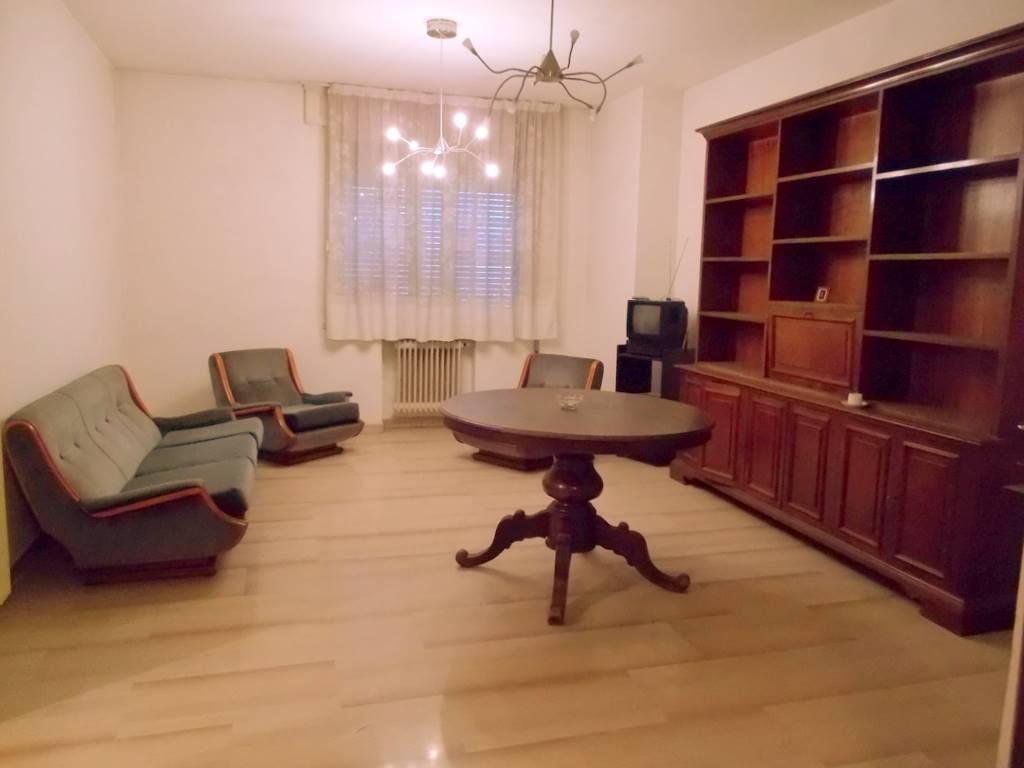 Appartamento in vendita a Padova, 4 locali, zona Zona: 5 . Sud-Ovest (Armistizio-Savonarola), prezzo € 235.000 | Cambio Casa.it