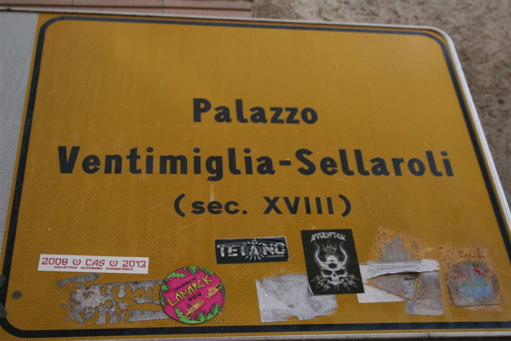 Attività commerciale Bilocale in Vendita a Benevento