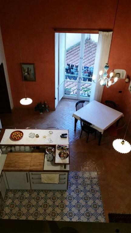 Appartamento in vendita a Salerno, 5 locali, zona Zona: Canalone, prezzo € 650.000 | Cambio Casa.it