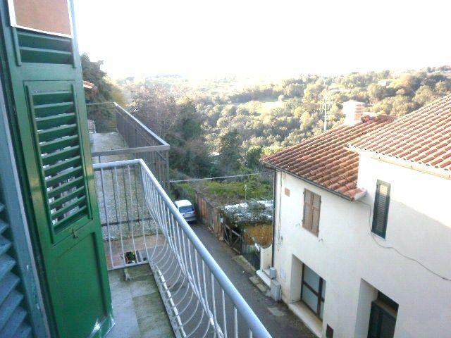Soluzione Indipendente in vendita a Scansano, 5 locali, zona Zona: Montorgiali, prezzo € 78.000 | Cambio Casa.it