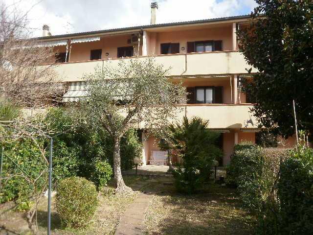 Soluzione Indipendente in affitto a Grosseto, 6 locali, zona Località: SUGHERELLA, prezzo € 850 | Cambio Casa.it
