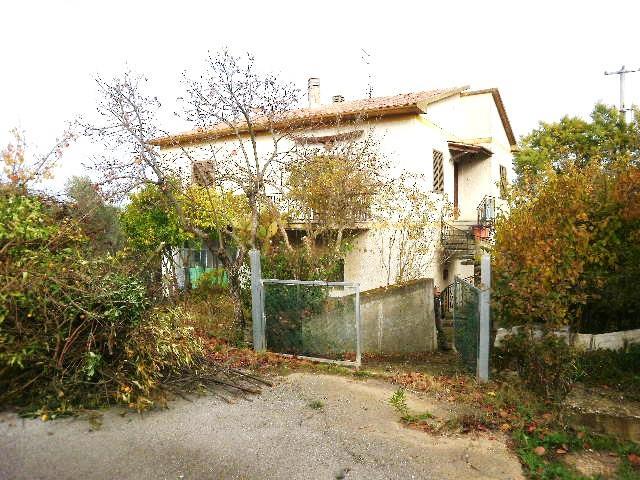 Soluzione Indipendente in vendita a Campagnatico, 4 locali, zona Zona: Arcille, prezzo € 210.000 | Cambio Casa.it