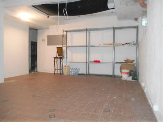 magazzino-deposito  in Affitto a Grosseto