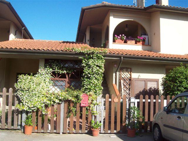Soluzione Indipendente in vendita a Campagnatico, 4 locali, zona Zona: Marrucheti, prezzo € 140.000 | CambioCasa.it