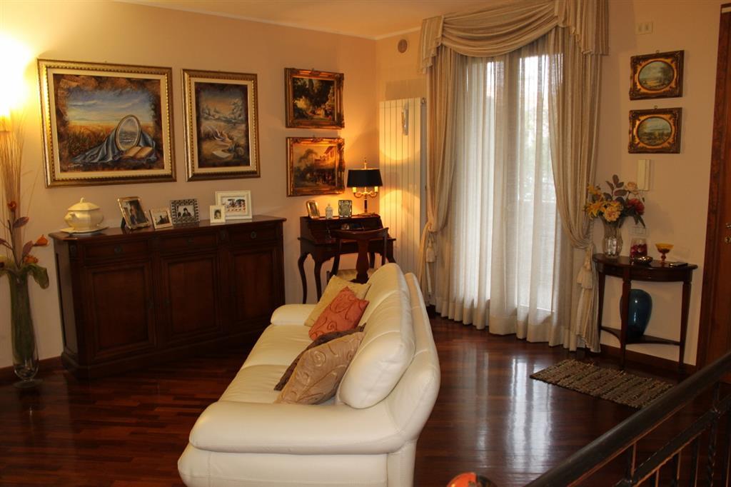 Soluzione Indipendente in vendita a Grosseto, 4 locali, zona Località: CITTADELLA, prezzo € 265.000   Cambio Casa.it