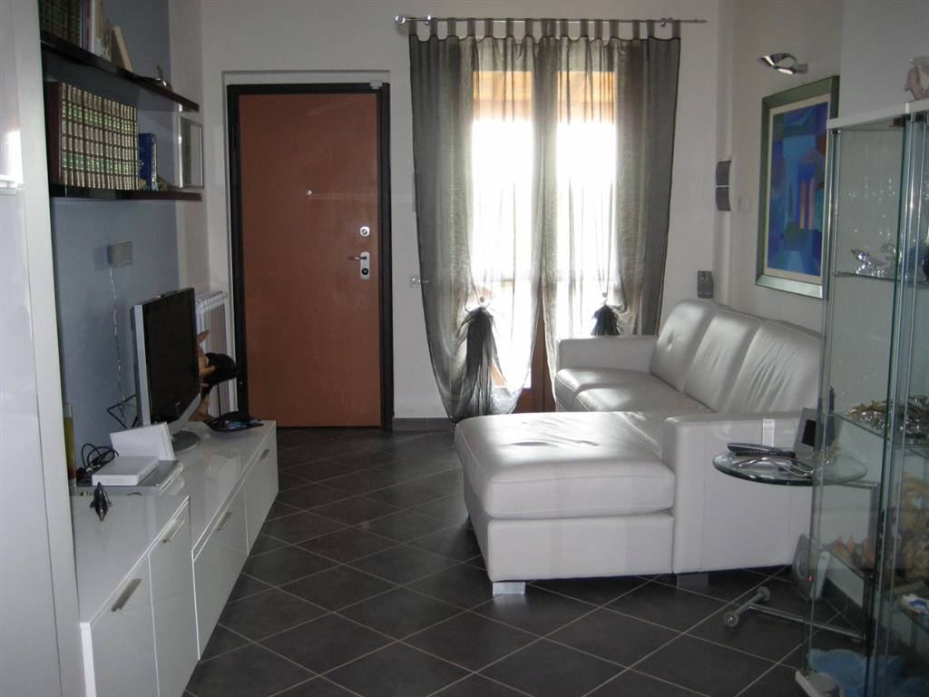 Soluzione Indipendente in vendita a Grosseto, 4 locali, zona Località: SAN MARTINO, prezzo € 190.000   Cambio Casa.it