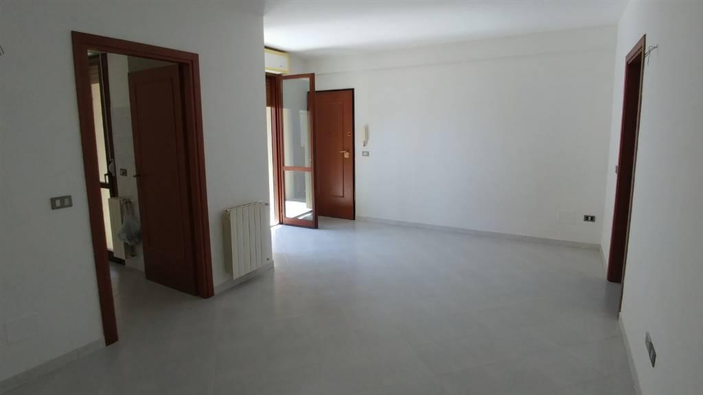 Appartamento in affitto a Grosseto, 4 locali, zona Località: CITTADELLA, prezzo € 580 | Cambio Casa.it