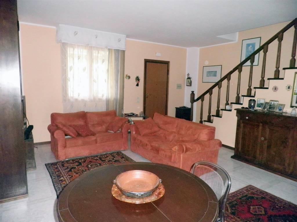 Soluzione Indipendente in vendita a Grosseto, 5 locali, zona Località: CITTADELLA, prezzo € 285.000   Cambio Casa.it