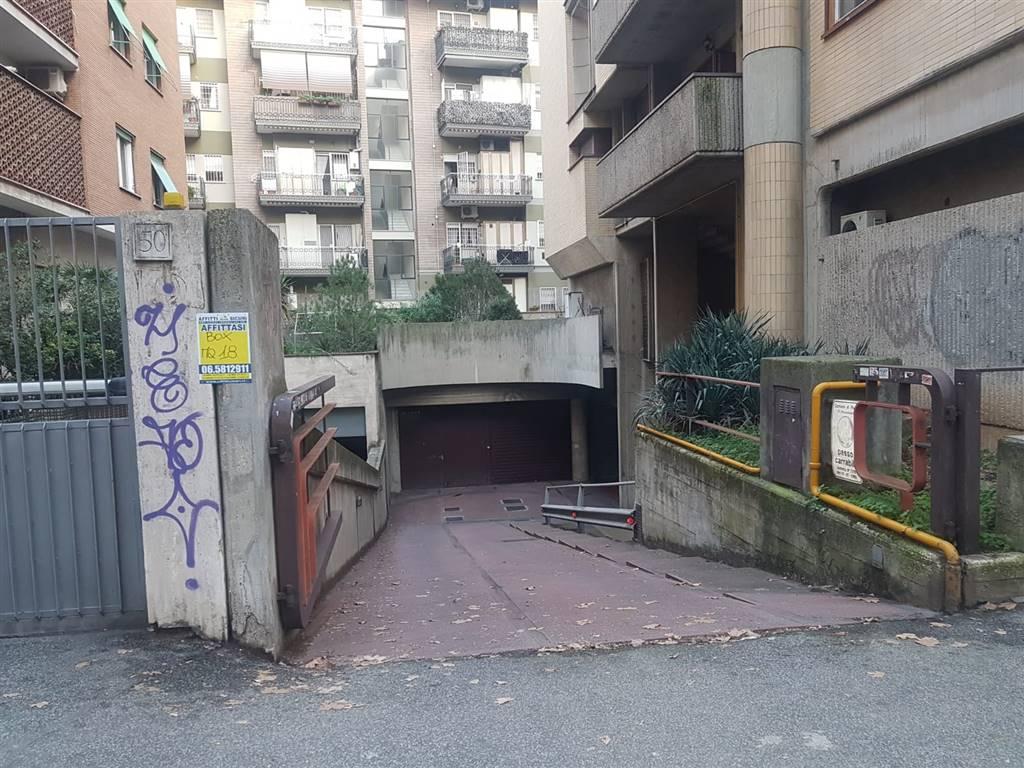 garage-Box-posto auto  in Affitto a Roma
