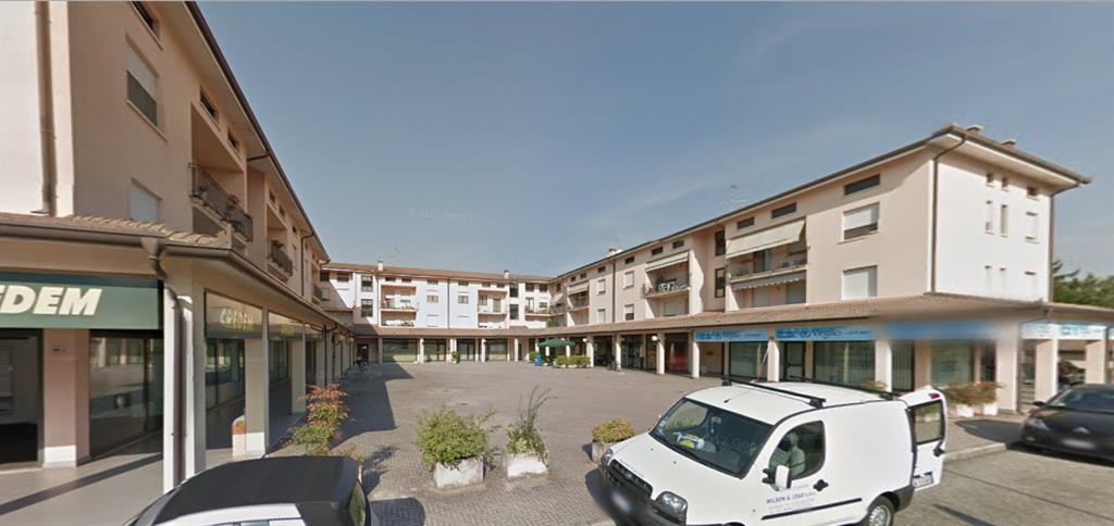 Negozio / Locale in vendita a Borgo Virgilio, 2 locali, zona Località: CERESE, prezzo € 95.000 | CambioCasa.it